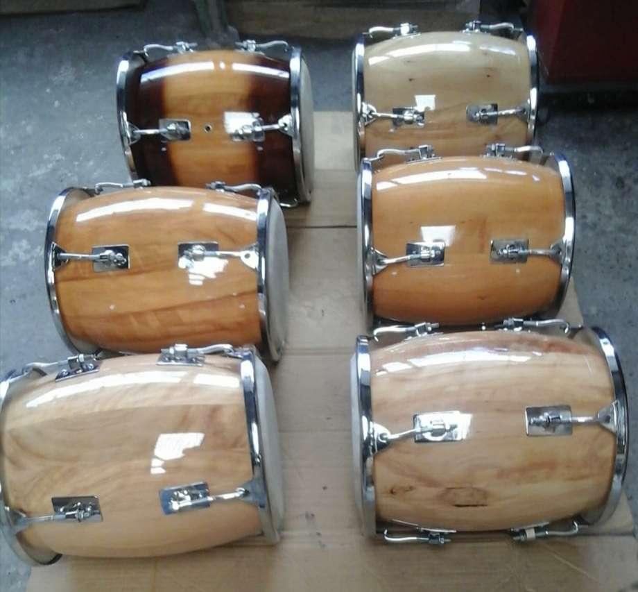 Imagen Fábrica de tamboras dominicanas