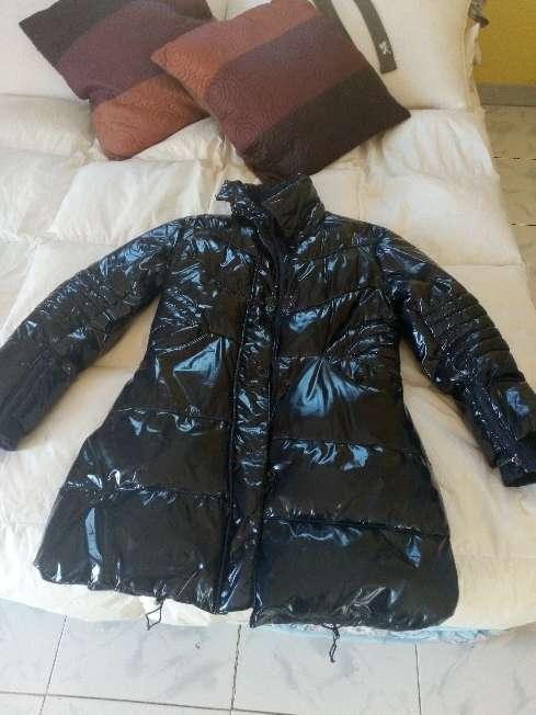 Imagen se vende abrigo de mujer