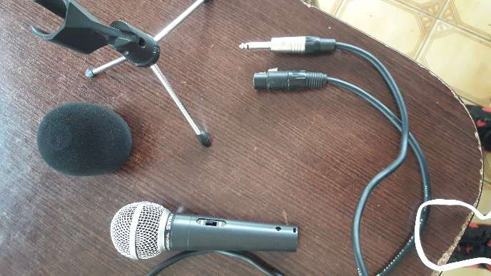 Imagen se vende combo microfono tripode para el microfono cable y anti pop