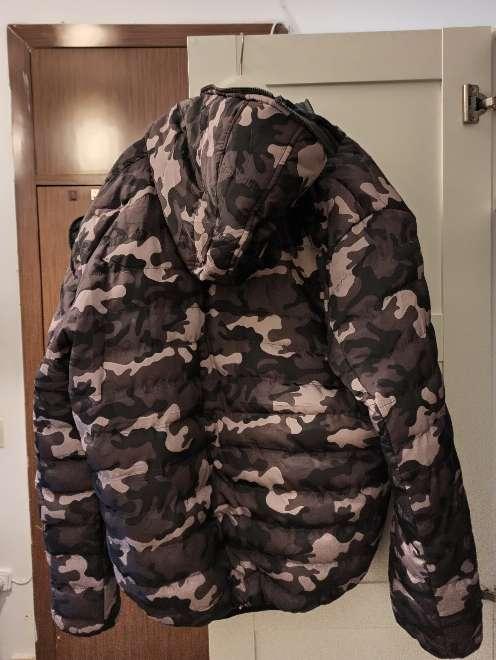 Imagen producto Chaqueta de camuflaje con hoodie hombre 3