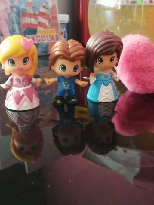 Imagen Príncipe y princesas pinypon