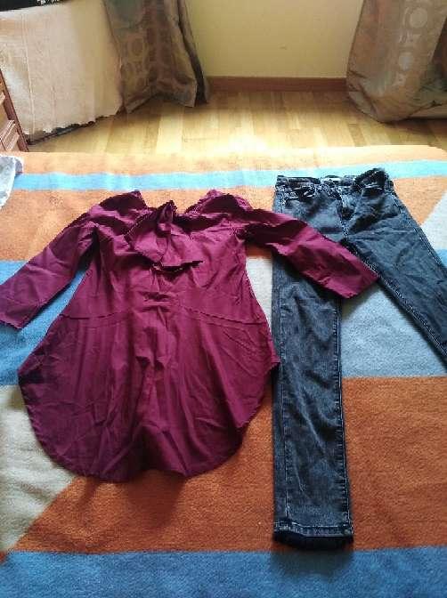 Imagen Blusa y pantalon en buen estado