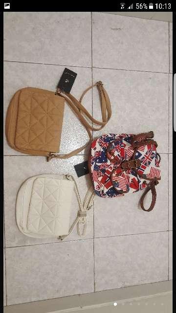 Imagen bolsos y mochila