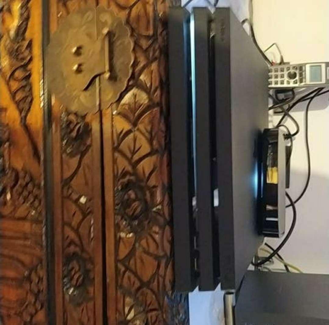 Imagen producto PS4 PRO 1 mando 6 juegos 2