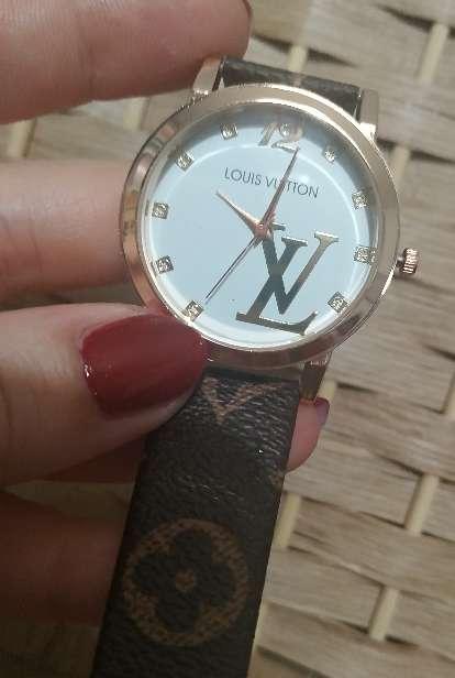 Imagen Reloj Louis Vuitton Lacoste Calvin Klein Armani Fossil Pandora Ferrari Tommy