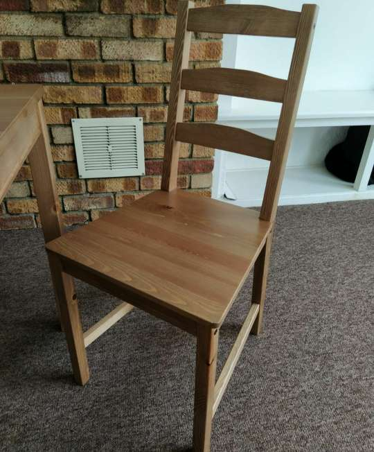 Imagen producto Table and 4 chairs 3