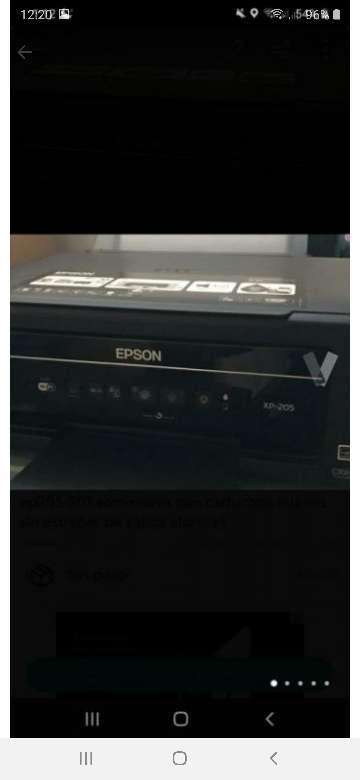 Imagen producto Impresora Epson xp 205-207 semi nueva 1