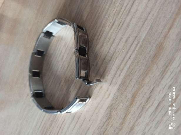 Imagen producto Pulsera plata con franjas negras  2