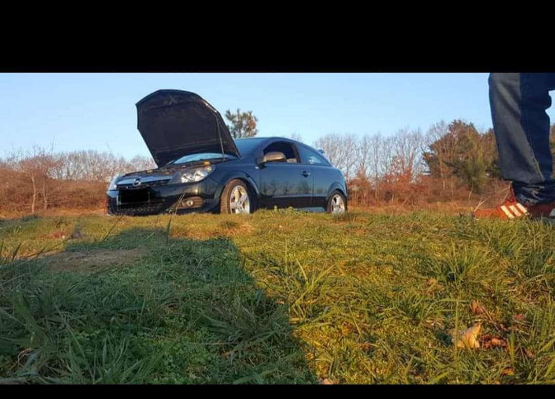 Imagen producto Opel astra gtc sport 1.9 120cv 4
