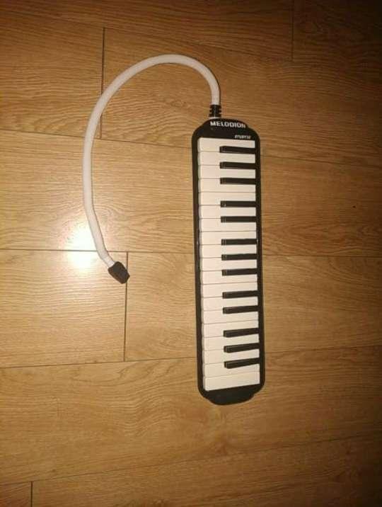 Imagen producto Instrumento piano de viento -MELÓDICA- 3