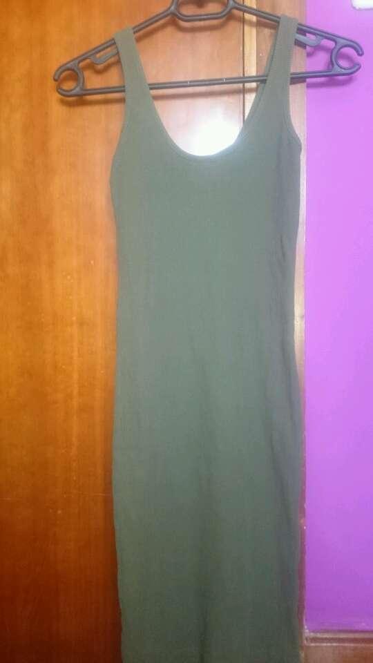 Imagen vestido veraniego verde militar