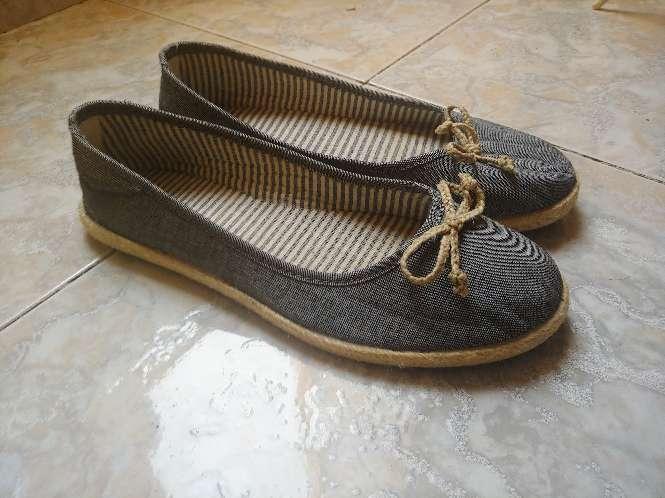Imagen producto Zapatos estilo bailarinaa 2