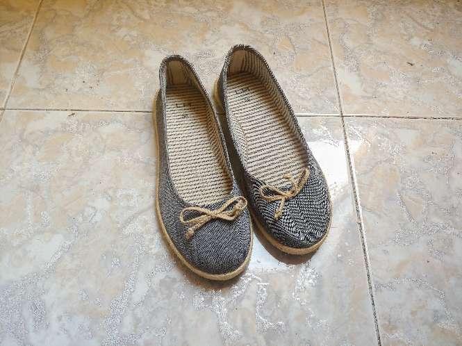 Imagen producto Zapatos estilo bailarinaa 3