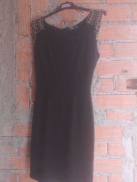 Imagen Vestido negro talla s
