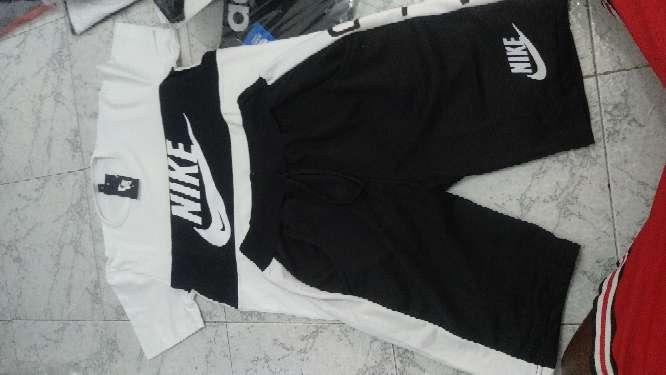 Imagen conjunto Nike Versace y adidas