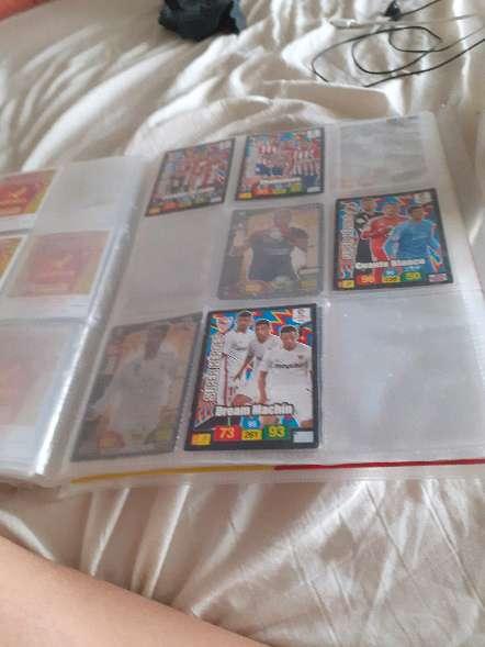 Imagen producto Album entero + 208 cartas de futbol 6