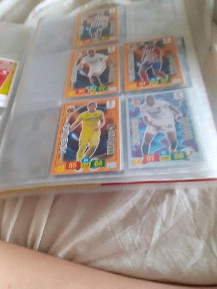 Imagen producto Album entero + 208 cartas de futbol 8