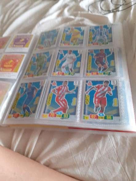 Imagen producto Album entero + 208 cartas de futbol 9