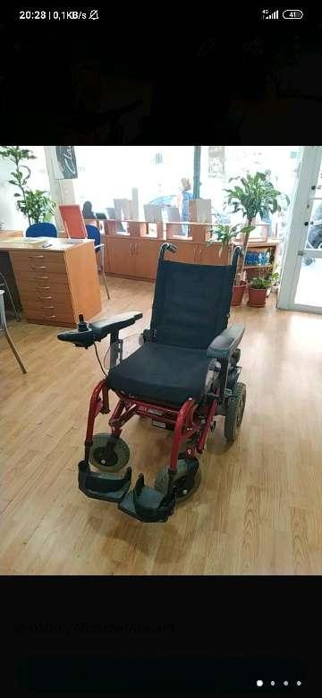 Imagen Silla de ruedas motorizada.