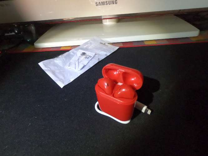 Imagen Airpods Red