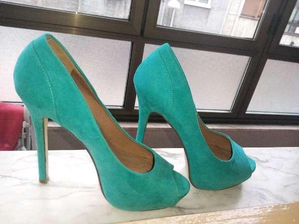 Imagen producto Zapatos de tacon de mujer sin usar  2