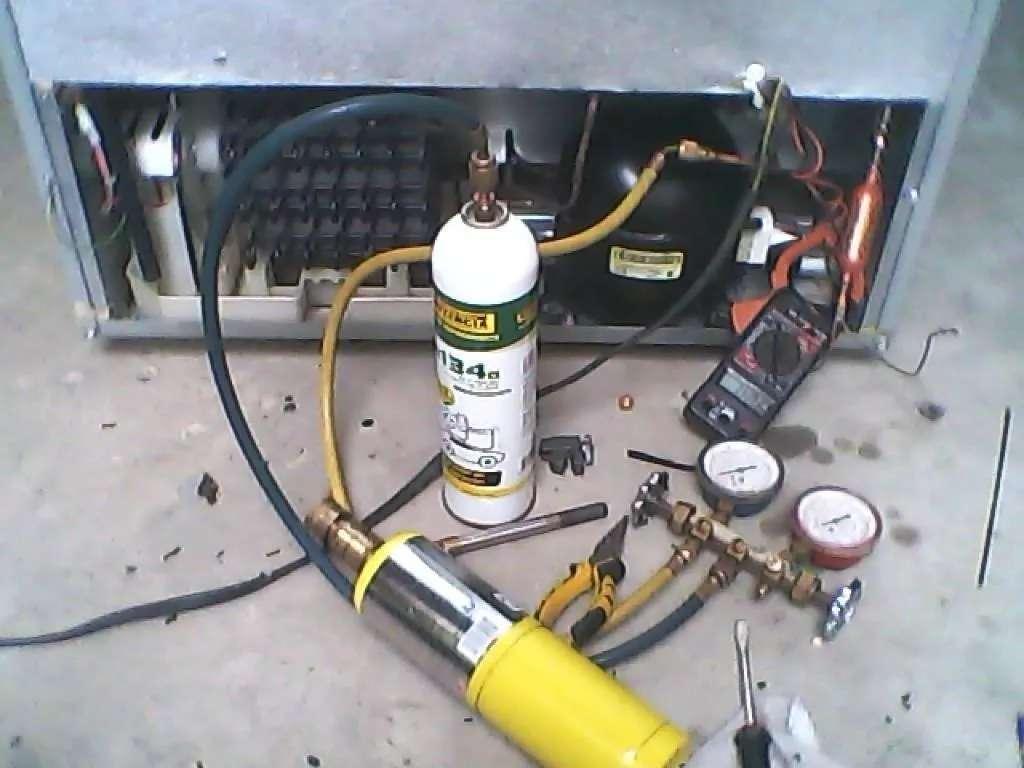 Imagen reparación aire acondicionado y neveras