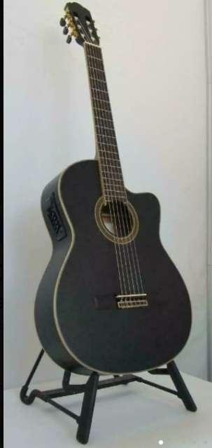 Imagen producto Guitarra clásica marca amplificada. O cambio  1