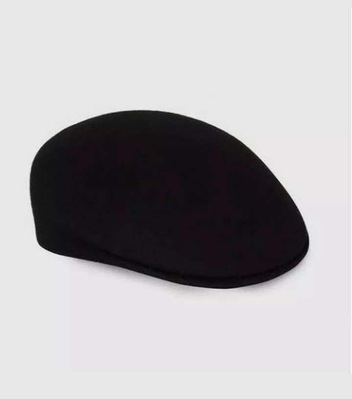 Imagen Gorra negra. Made in Italy.