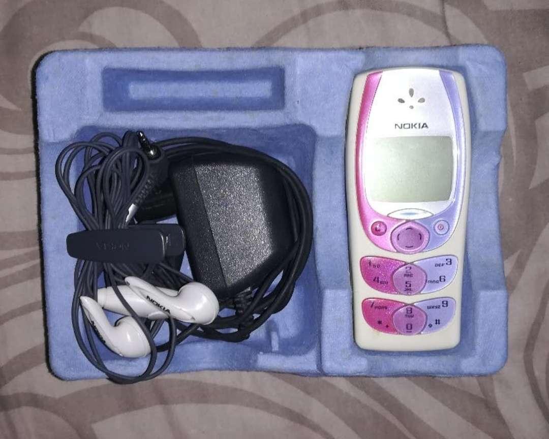Imagen producto Nokia 2300 5