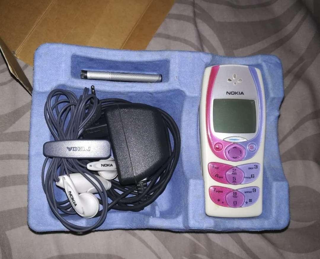 Imagen producto Nokia 2300 4