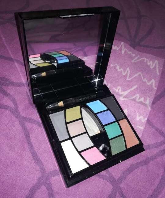 Imagen Estuche de maquillaje Glamour   Leticia Well