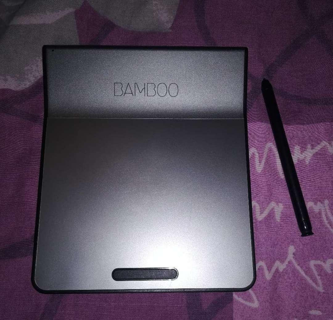Imagen Wacom Bamboo Pad Modelo: CTH-301