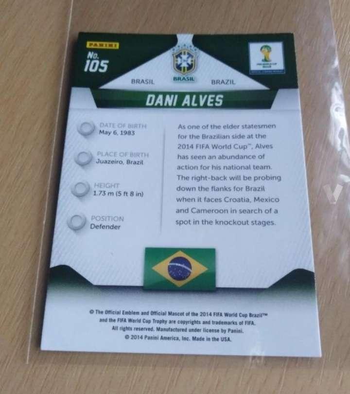 Imagen producto Dani Alves es card fútbol.  2