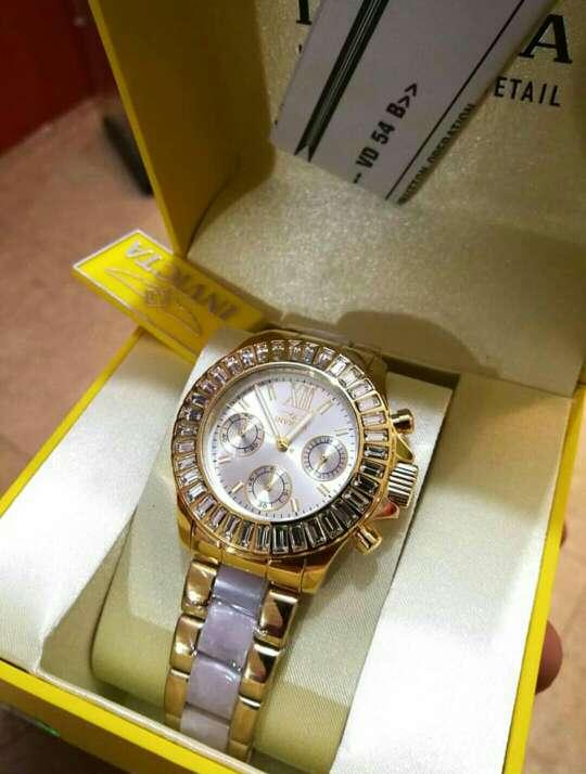 Imagen Reloj invicta para damas