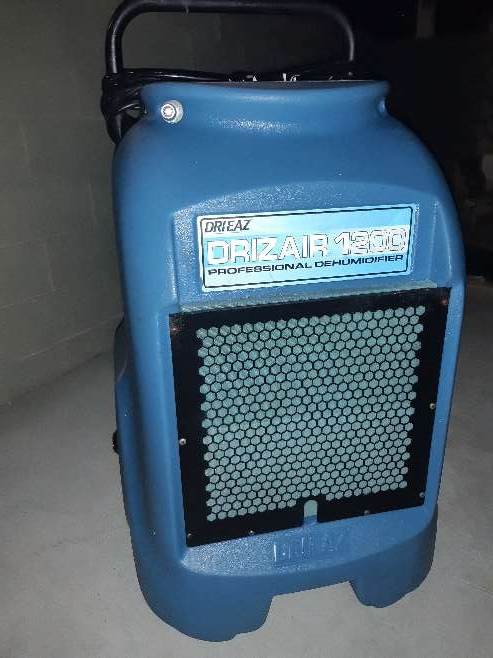Imagen Dri-Eaz DrizAir 1200 Low-Temperature Refrigerant Dehumidifier