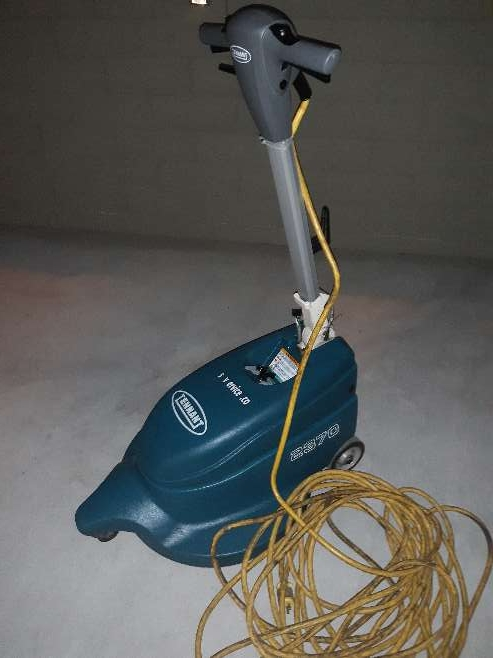 Imagen Reconditioned Tennant 2370 Corded Burnisher Floor Polisher 20