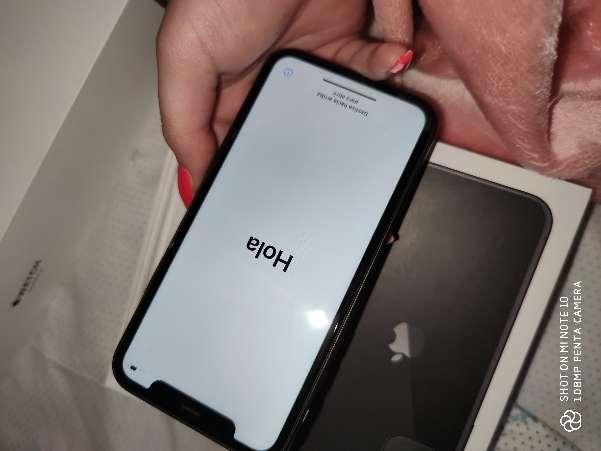 Imagen producto IPhone 11 como nuevo 2
