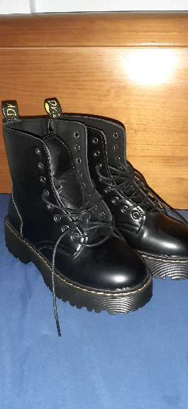 Imagen botas plataforma negras militares