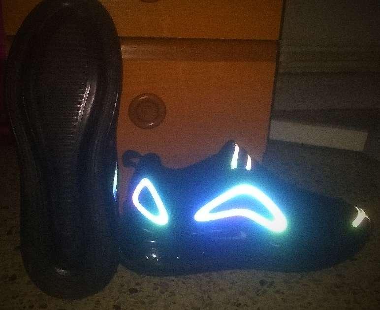 Imagen producto Nike Air Max 720 2