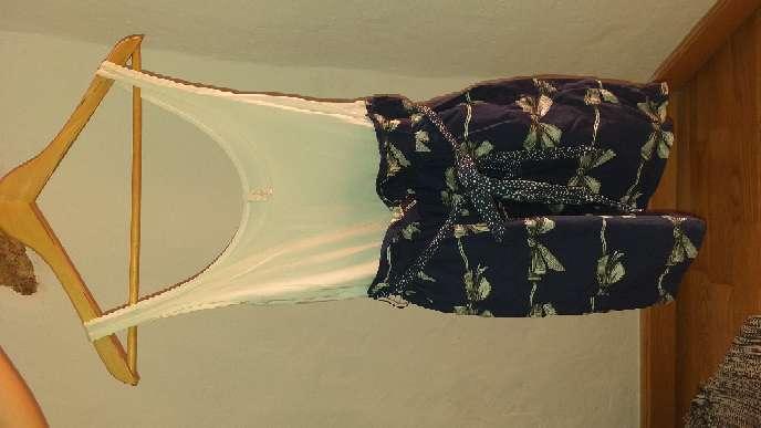 Imagen producto Vestido veraniego Stradivarius talla s 2