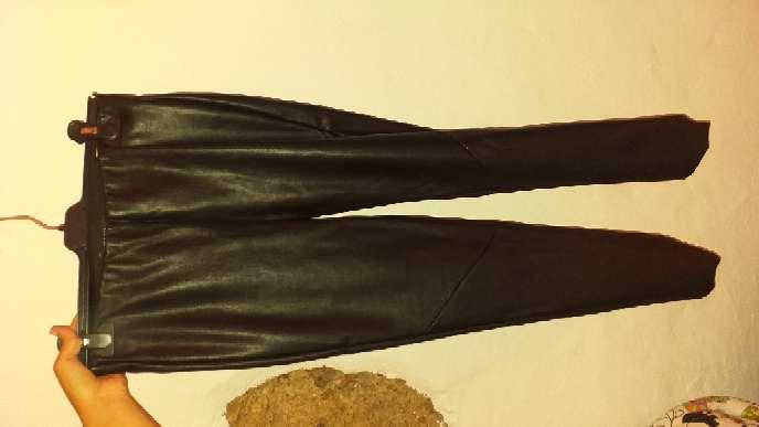 Imagen pantalon polipiel talla s cortefiel