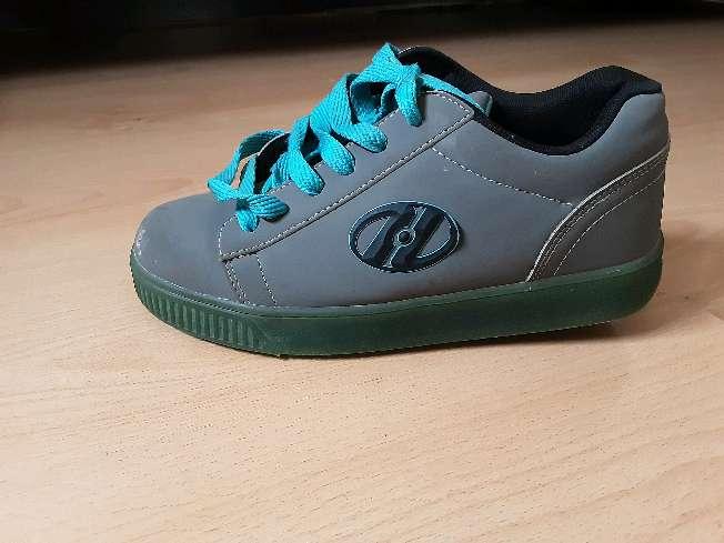 Imagen producto Zapatos con ruedas Heelys 2
