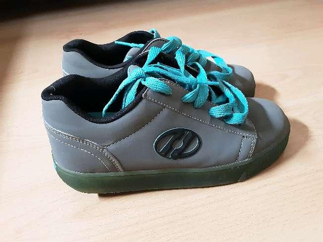 Imagen producto Zapatos con ruedas Heelys 4