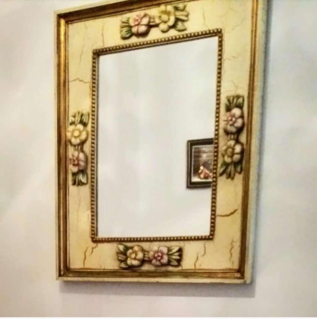 Imagen Espejo tallado