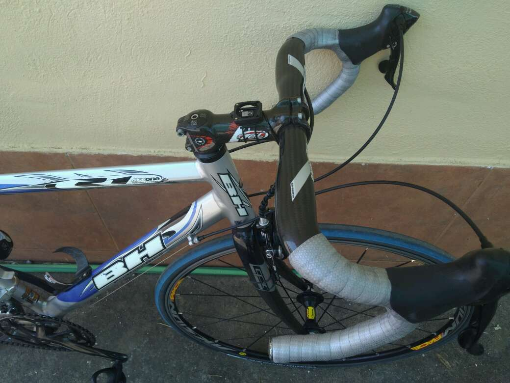 Imagen producto Bicicleta carretera BH Rc 3