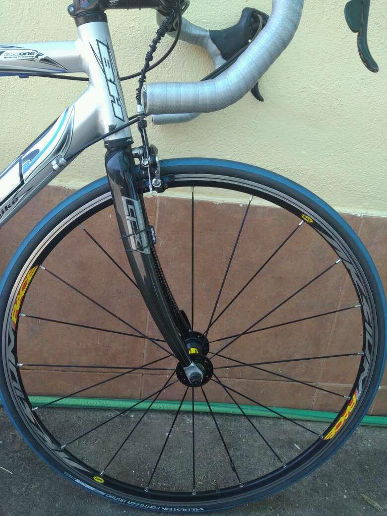 Imagen producto Bicicleta carretera BH Rc 6