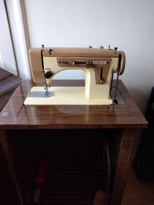 Imagen Máquina de coser singer 669