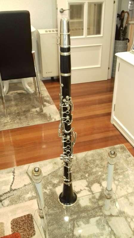 Imagen clarinete freres con boquilla vandoren