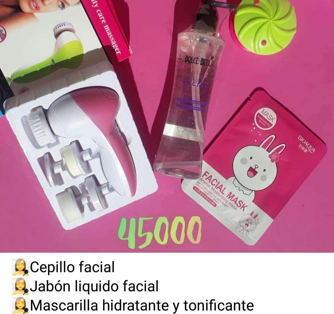 Imagen kit de maquillaje