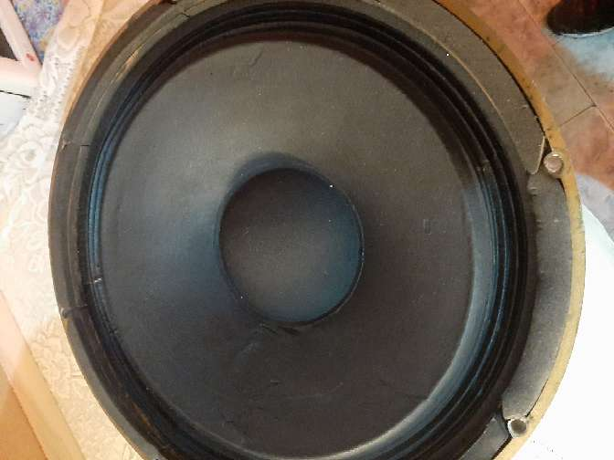 Imagen producto Parlantes Tannoy Monitor HPD 385 8